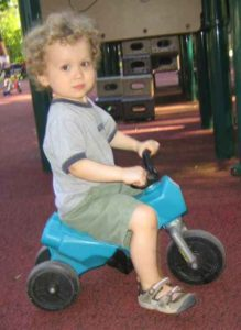superMOPI on playground